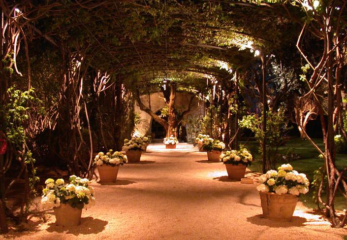 Illuminazione a led mada d d for Giardini da esterno